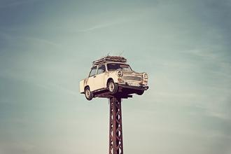 Trabant - fotokunst von Michael Belhadi