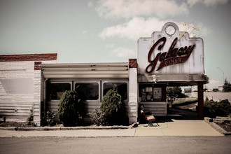 Florian Paulus, galaxy diner. (United States, North America)