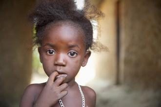Miro May, Leone S (Sierra Leone, Africa)