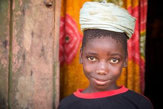 Miro May, Gbangba (Sierra Leone, Afrika)