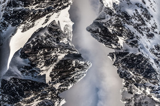 Mountain Chains - Fineart photography by Sebastian Worm