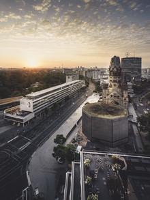 Berliner Breitscheidplatz im Morgenlicht - fotokunst von Ronny Behnert