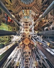 Roc Isern, Sagrada sky (Spain, Europe)