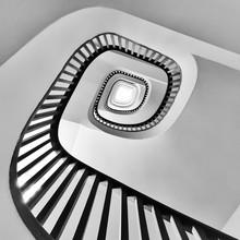 Roc Isern, Spinning around (Spain, Europe)