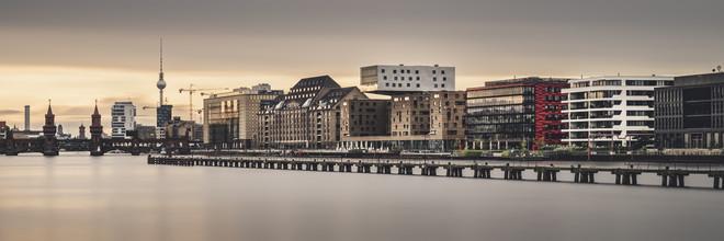 Berliner Osthafen im Abendlicht - Fineart photography by Ronny Behnert