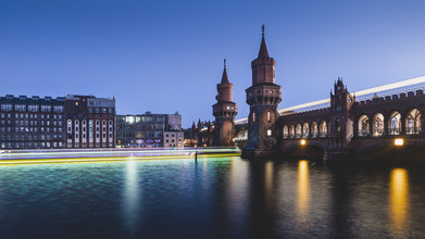 Ronny Behnert, Berliner Oberbaumbrücke am Abend (Deutschland, Europa)