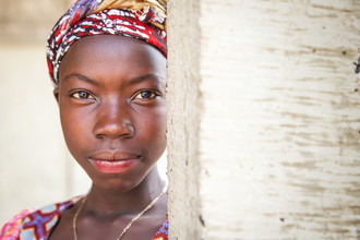 Miro May, Behind (Sierra Leone, Africa)