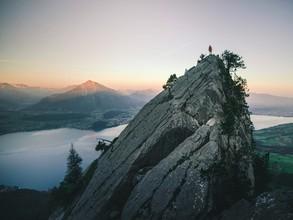 Dominic Lars, Hoch über dem Thuner See (Schweiz, Europa)