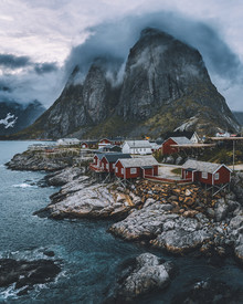 Johannes Höhn, Hamnoy Madness. (Norway, Europe)