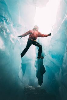 Eismensch - fotokunst von Patrick Monatsberger