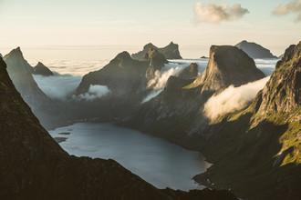 Roman Königshofer, Gipfel auf den Lofoten Inseln (Norwegen, Europa)