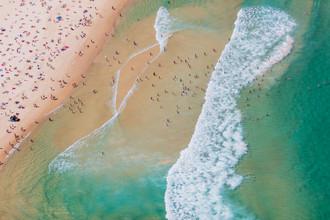 Bondi Colours - fotokunst von Cyril Cayssalie