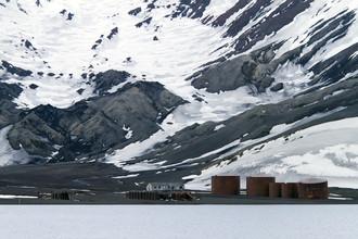 Angelika Stern, Deception Island, Antarktis (Argentinien, Lateinamerika und die Karibik)