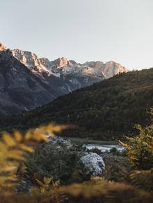 Frithjof Hamacher, Abendsonne auf den Gipfeln (Albanien, Europa)