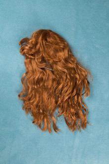 Loulou von Glup, Wig on Carpet (Belgium, Europe)