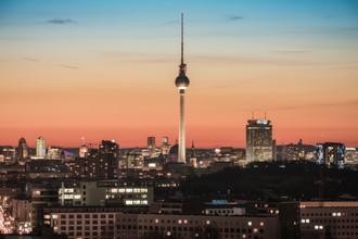 Jean Claude Castor, Berlin Skyline Am Volkspark Friedrichshain zum Sonnenuntergang (Deutschland, Europa)