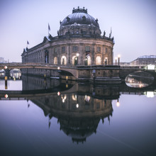 Jean Claude Castor, Berlin Bodemuseum im Winter (Deutschland, Europa)