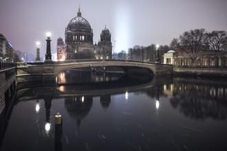 Jean Claude Castor, Berliner Dom im Winter (Deutschland, Europa)