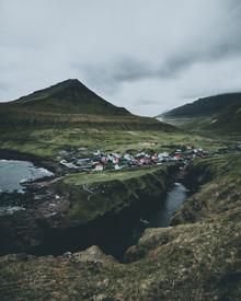 Dorian Baumann, Küstenstadt (Färöer Inseln, Europa)