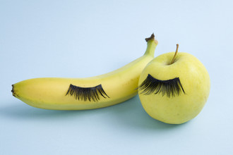Loulou von Glup, fruit eyelashes (Belgium, Europe)