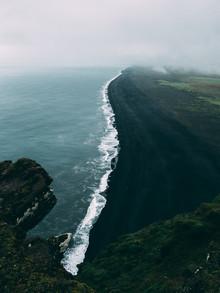 Sebastian 'zeppaio' Scheichl, The black beach (Iceland, Europe)