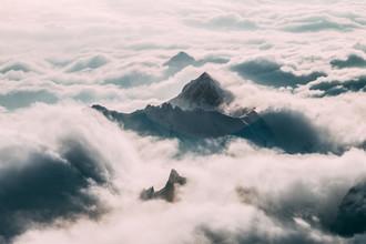 Sebastian 'zeppaio' Scheichl, Mountains in the clouds (Switzerland, Europe)