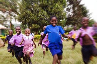 Victoria Knobloch, Lebe um zu lachen! (Uganda, Afrika)