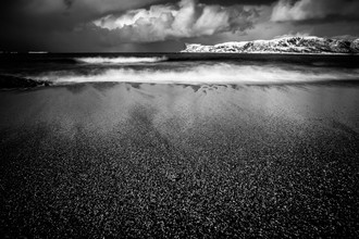 Sebastian Worm, Arctic Beach B&W (Norway, Europe)