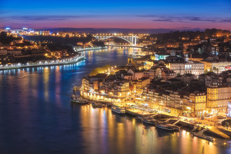 Jean Claude Castor, Porto zur blauen Stunde (Portugal, Europa)