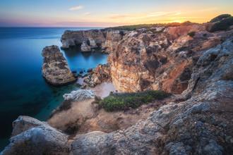 Jean Claude Castor, Praia da Marinha an der Algarve (Portugal, Europa)