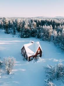 Sebastian 'zeppaio' Scheichl, Lonely house in Lapland (Sweden, Europe)