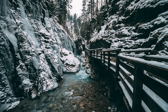 Sebastian 'zeppaio' Scheichl, Winter in the gorge (Germany, Europe)