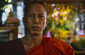Martin Seeliger, Der Ordensmeister (Myanmar, Asien)