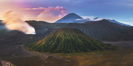 Jean Claude Castor, Farbspektakel am Mount Bromo (Indonesien, Asien)