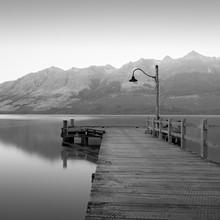 GLENORCHY WHARF - fotokunst von Christian Janik