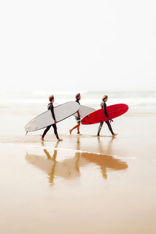 Set of Surfers - Fineart photography by Karl Johansson