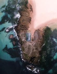 Mona Vale Beach - fotokunst von Fin Matson