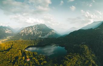 Rémi Peschet, THE LOST LAKE (, )