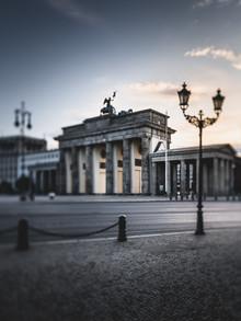 Ronny Behnert, Brandenburger Tor zum Sonnenaufgang (Deutschland, Europa)