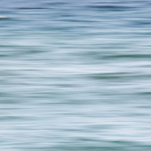 whispering of the sea II - Fineart photography by Manuela Deigert