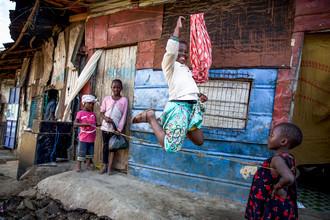 Miro May, Jump (Kenia, Afrika)