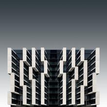 Pau Iglesias, A parasitic architecture (Spanien, Europa)