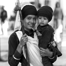 Jagdev Singh, Mother (Bassas da India, Asia)