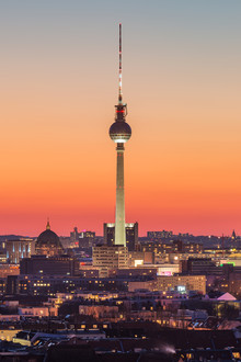 Robin Oelschlegel, Berliner Fernsehturm nach Sonnenuntergang (Deutschland, Europa)