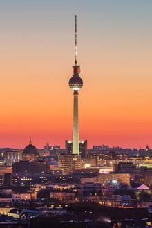 Robin Oelschlegel, Berliner Fernsehturm nach Sonnenuntergang (Germany, Europe)