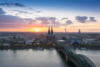 Martin Wasilewski, Sunset above Cologne (Germany, Europe)