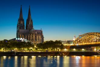 Martin Wasilewski, Blaue Stunde in Köln (Deutschland, Europa)
