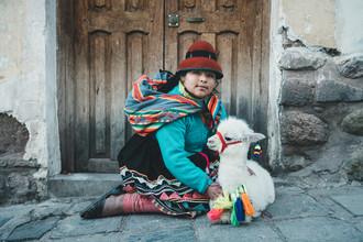 Ueli Frischknecht, Peruvian Girl (Peru, Latin America and Caribbean)