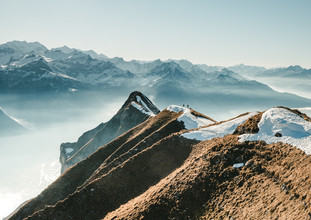 Niels Oberson, Hiking on the Ridge (Switzerland, Europe)