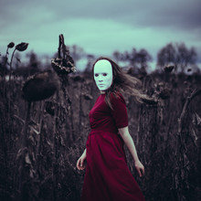 Rova Fineart - Simone Betz, The mask (Germany, Europe)